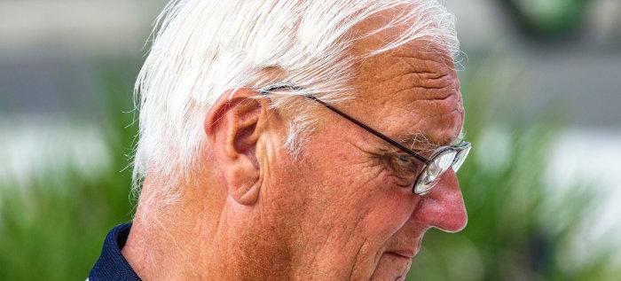 older men's thinning hair